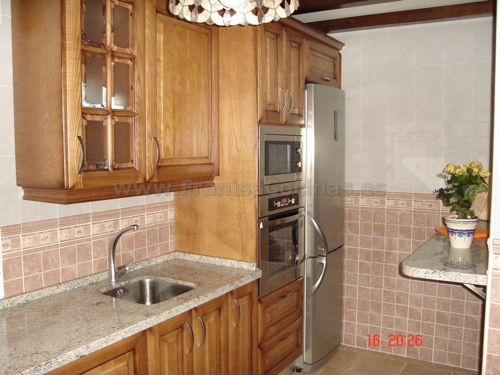 Muebles de cocina de madera rústica – FRANISA Cocinas