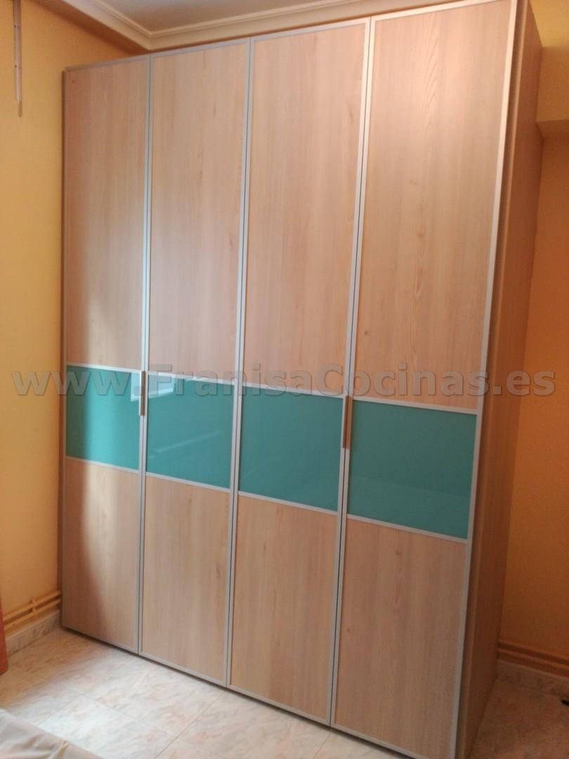 Armario empotrado puertas plegables a la medida franisa cocinas - Puertas plegables armarios ...