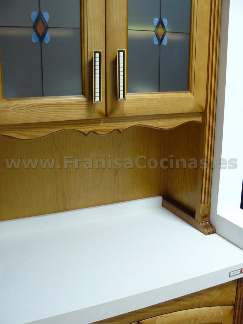 Muebles de cocina de madera nuevos de exposición – FRANISA Cocinas